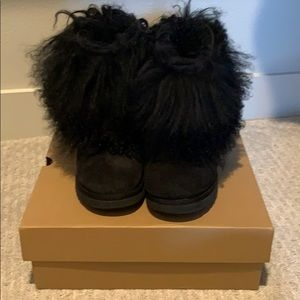 UGG Mongolian sheepskin cuff boot short size 10